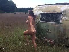 Filme natur nackt Öffentlich Nackt